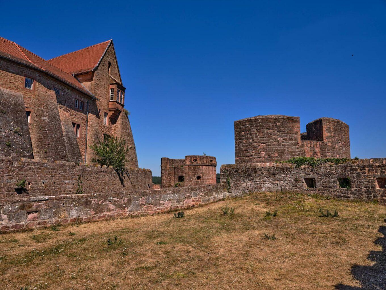 Burg Breuberg, Wilhelms- und Michaelsturm