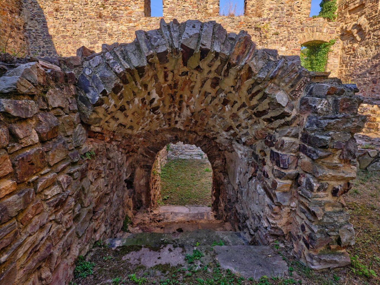 Burgruine Ehrenfels, Zugang ehemaliger Wohnbereich