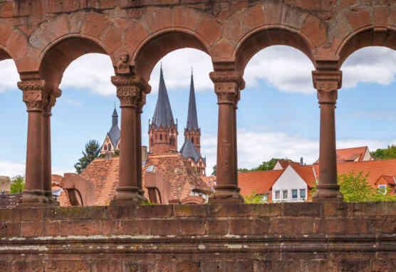 Kaiserpfalz Gelnhausen, Fensterarkaden