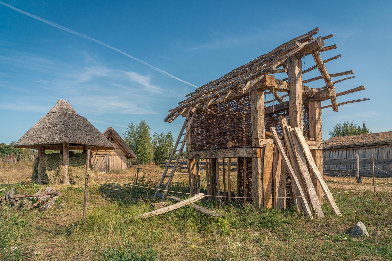 Lauresham, Holzgebäude im Aufbau