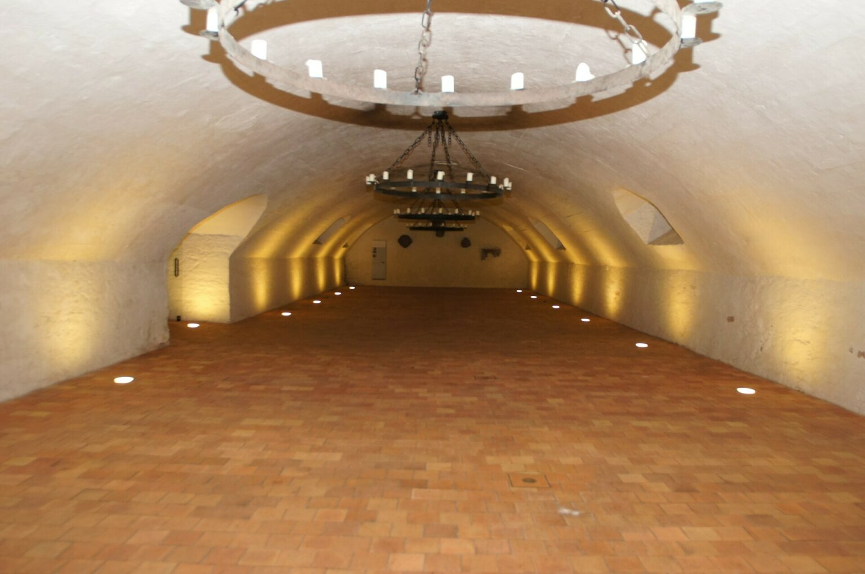 Blick in den Weinkeller in Seligenstadt ohne Innenausstattung