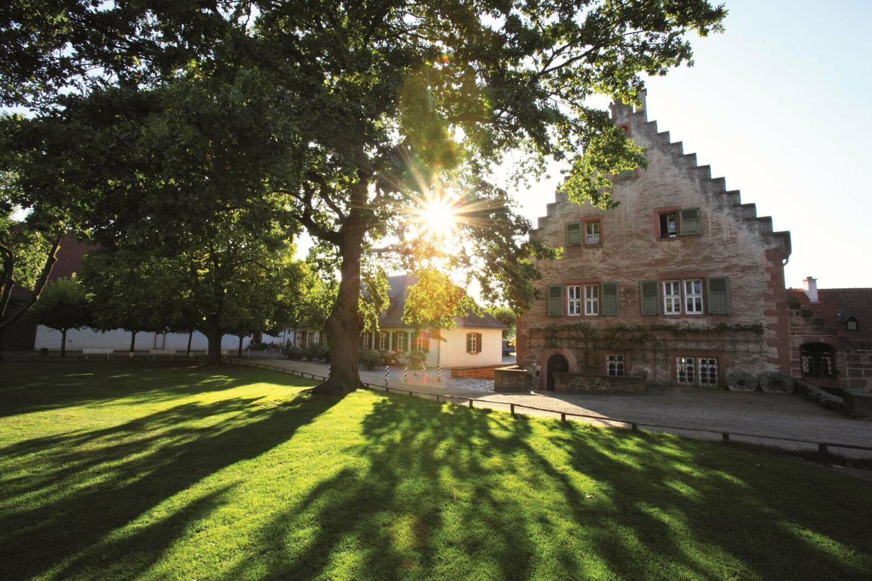Außengelände des Klosters Seligenstadt