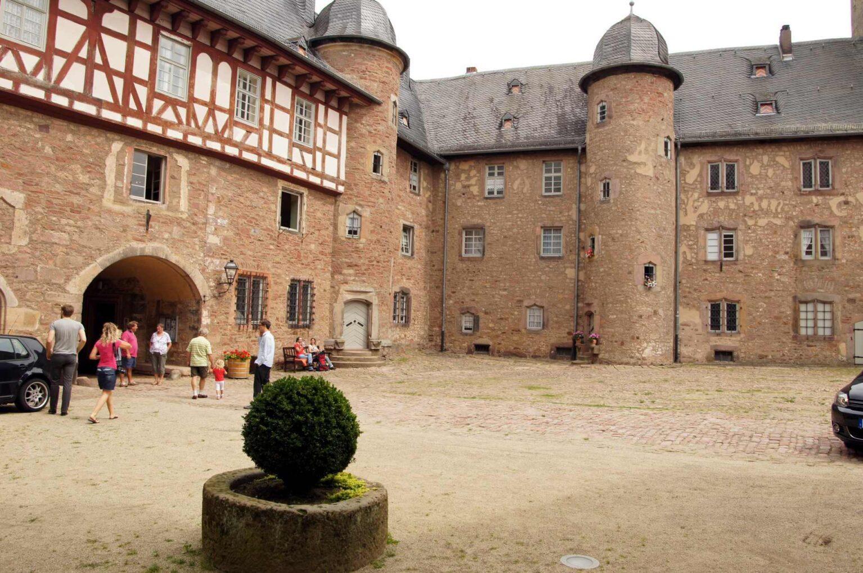 Der Schlosshof von Schloss Steinau