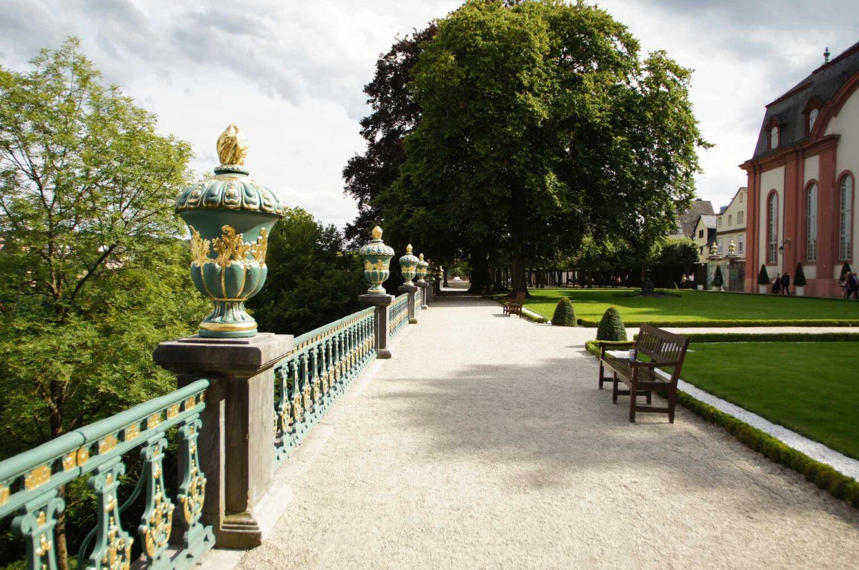Blick in den Schlossgarten in Weilburg