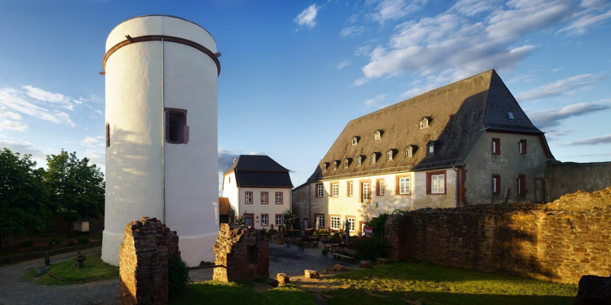 Veste Otzberg, Bergfried und Kommandantenhaus