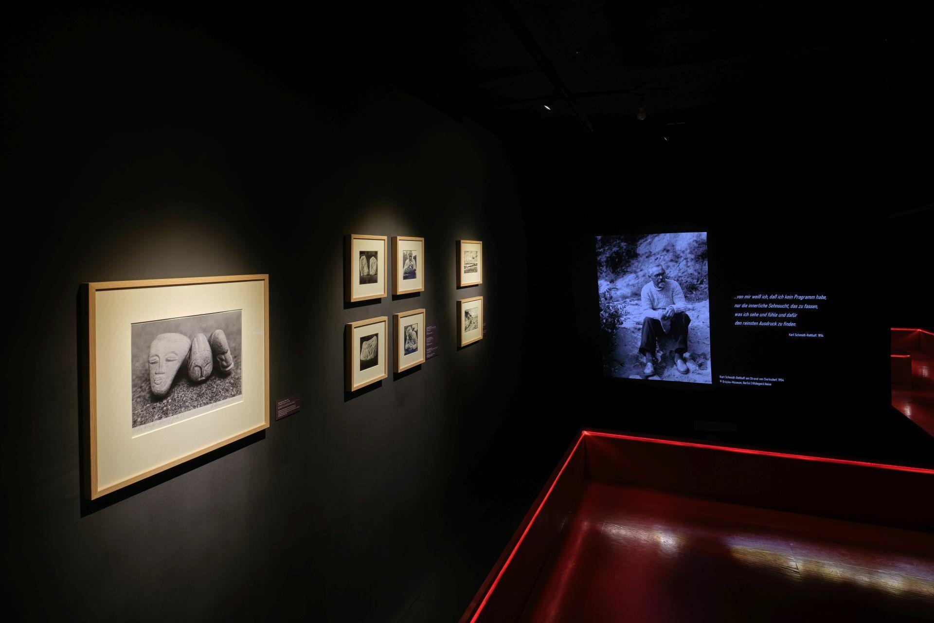 Blick in das Kabinett innerhalb des Deutschen Elfenbeinmuseums