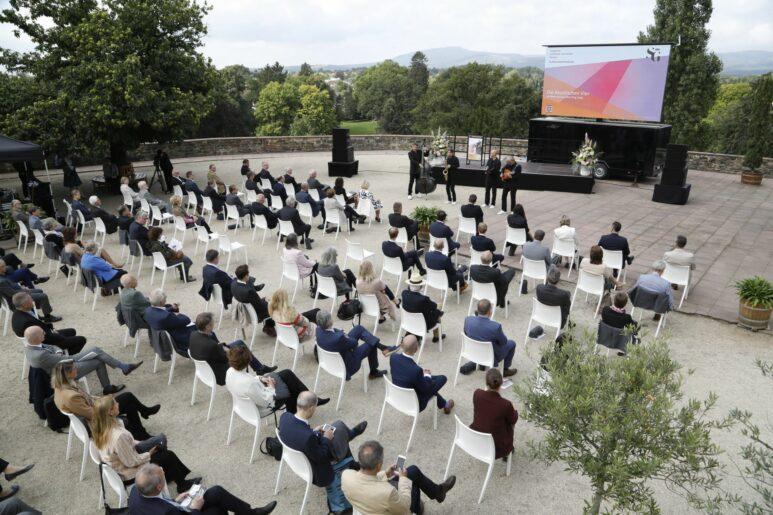 Festakt im Bad Homburger Schloss: Geburtstagsfeier zum 75jährigen Bestehen der SG und Wiedereröffnung der Kaiserlichen Appartements