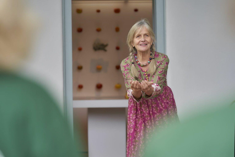 Die Erzählerin Michaele Scherenberg wartete mit einem Apfel-Märchen auf.