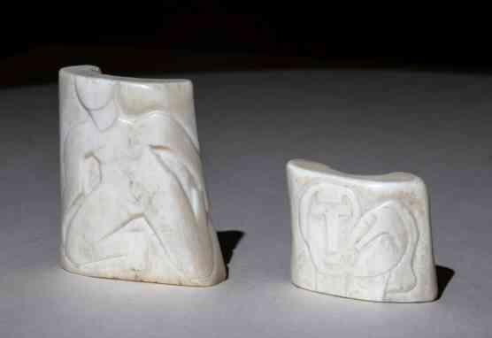 Akte, Gesichter, Masken zieren die Kleinkunstwerke Schmidt-Rottluffs